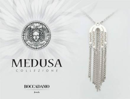 Il gioco di forme e linee della collezione Medusa