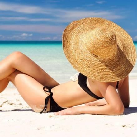 In spiaggia scegli il costume adatto a te!