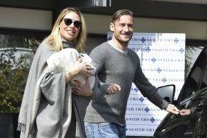 Ilary Blasi e Francesco Totti_Fonte (Olycom)