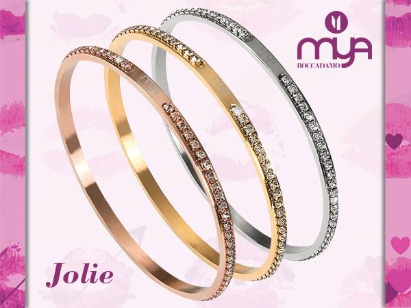 Jolie facebook 1